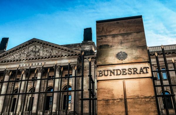 Blick auf das Gebäude des Bundesrates in Berlin